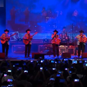 Los Huracanes en vivo